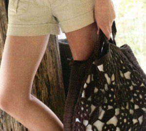 Вязаная сумочка - оригинально, стильно и удобно